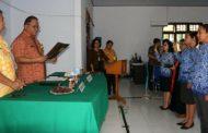 Wakili Wali Kota Jimmy Eman, Sekot Lolowang Lantik 16 Pejabat di Lingkup Pemkot Tomohon