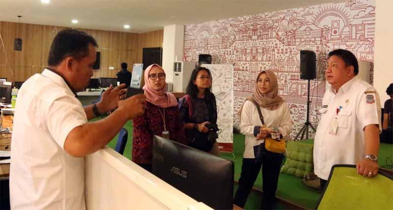 KPK RI Sambangi C3 Room Milik Pemkot Manado