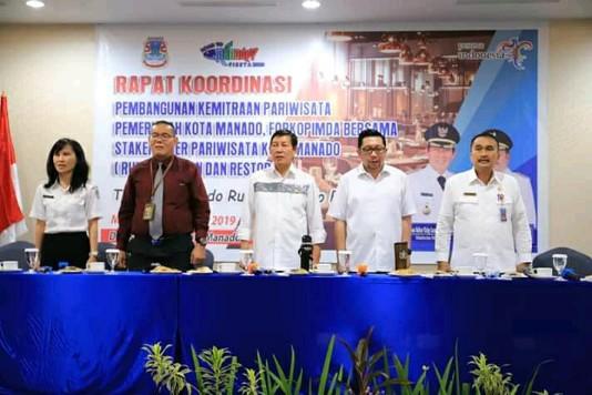 Rakor Kegiatan Pembangunan Kemitraan Pariwisata Kota Manado Dibuka Wali Kota Vicky Lumentut