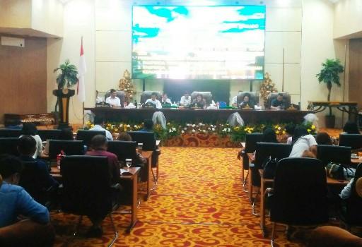 Dihadiri 34 Anggota, Ketua Aaltje Dondokambey Buka Sidang Pertama 2019 DPRD Manado