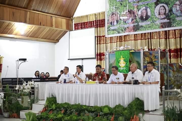 Gubernur OD Bersama Wali Kota Vicky Lumentut Hadiri Konven Pelsus Laki-Laki GMIM