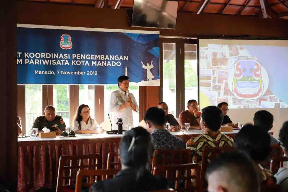 Wali Kota Vicky Lumentut Buka Kegiatan Rapat Koordinasi Pengembangan SDM Pariwisata Kota Manado