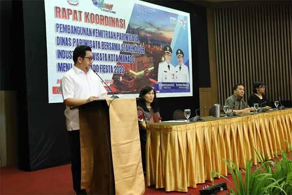 Wawali Mor Bastiaan Hadiri Rakor Pembangunan Kemitraan Pariwisata dan Sosialisasi Manado Fiesta Tahun 2020