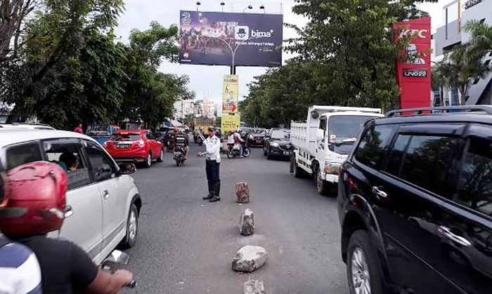 Dishub Manado Support Penuh Kepolisian. Ikut Bantu Tertibkan Lalin
