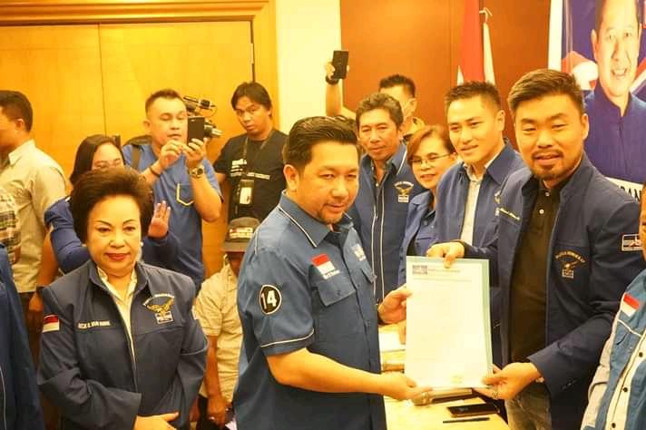 Resmi Daftar di Partai Demokrat, MDB Siap Maju di Pilwako Manado