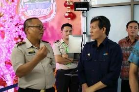 Tinjau Langsung Pemeriksaan di Bandara Sam Ratulangi Antisipasi Penyebaran Virus Corona. Wali Kota Vicky Lumentut : Jangan Panik