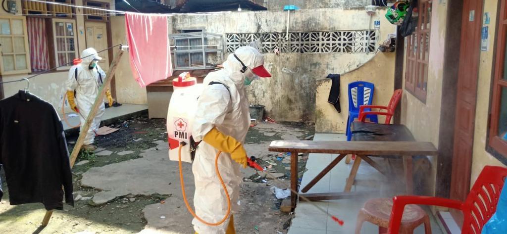 Lakukan Penyemprotan Desinfektan di Bailang, Satgas Corona Pemkot Manado Mulai Beraksi