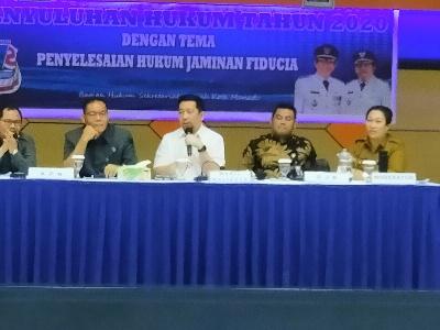 Wawali Mor Bastiaan Buka Kegiatan Penyuluhan Hukum Jaminan Fidusia