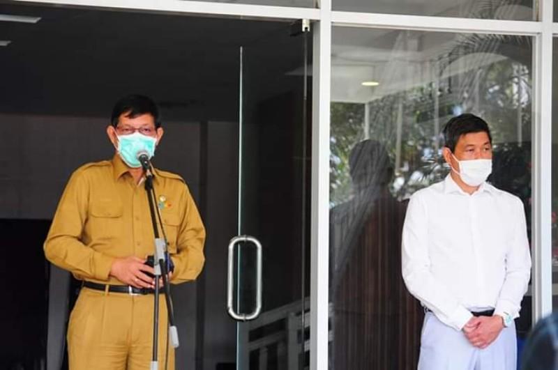 Pemkot Manado Gelar Jumpa Pers Penanganan Covid-19. Wali Kota GSVL: Kami Siap Salurkan Sembako Bagi Warga
