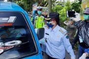 Terus Turun ke Jalan, VAP Bagikan Masker dan Sarung Tangan di Taman SBY