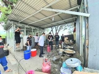 Dapur Umum Pemkot Manado Siapkan 1.000 Bungkus Makanan per hari. Siap  Disalurkan Untuk Warga Kurang Mampu