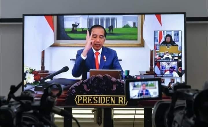 Presiden Jokowi Minta Mendagri dan Menkeu Tegur Daerah yang Belum Sampaikan Data Anggaran Penanganan Covid-19