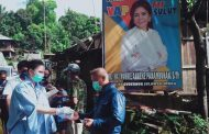 Sambangi Warga Sawangan dan Tanggari, SGR Jalan Kaki Salurkan Bantuan