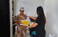 Peduli Dampak Covid-19, Wamendag Jerry Sambuaga Salurkan Bantuan untuk Warga Mitra