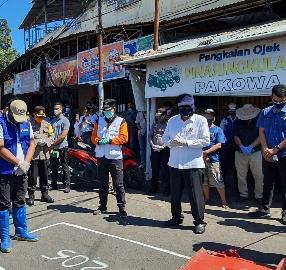 Sekda Micler Lakat, Dampingi Wali Kota GSVL di Pelaksanaan Rekayasa Pasar Pinasungkulan