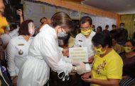 Bupati Tetty Paruntu Tinjau Penyaluran BLT DD Disejumlah Desa di Minsel