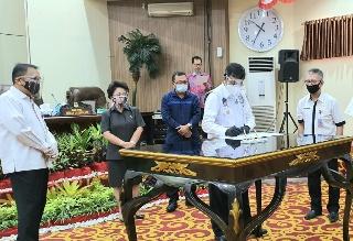 Sekda Micler Lakat Hadiri Pembahasan Pertanggungjawaban APBD Manado TA 2019