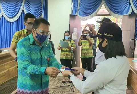 Wakili Wali Kota Manado, Sekda Micler Lakat Hadiri Penutupan Latsar CPNS Jajaran Pemkot Manado