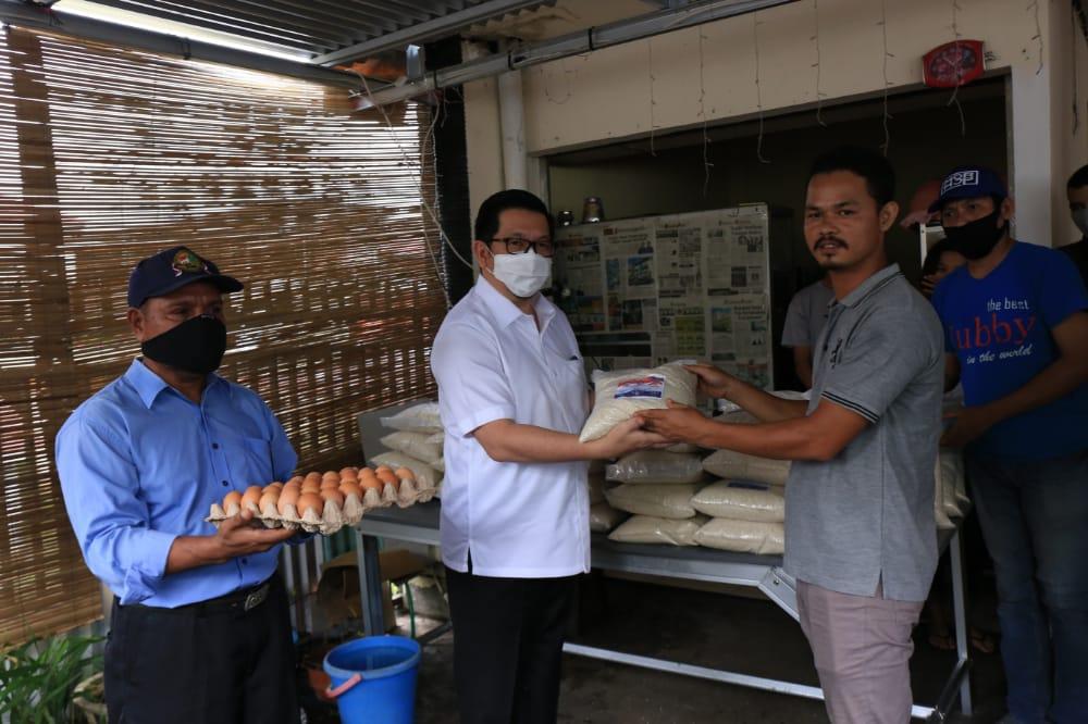 MOR Serahkan Bantuan untuk IKB NTT Sulut