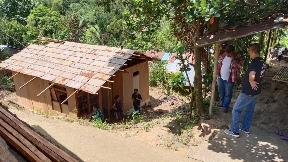 Peduli Kemanusiaan, Sejumlah Komunitas Gelar Bedah Rumah Oma Katrin