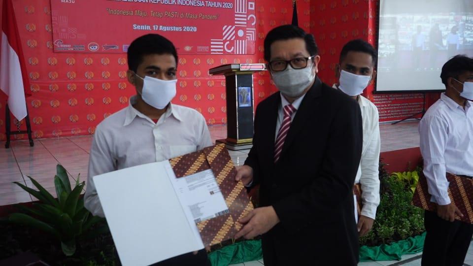 Wakil Wali Kota Mor Bastiaan Serahkan Remisi Kepada Warga Binaan Rutan Kelas II Manado