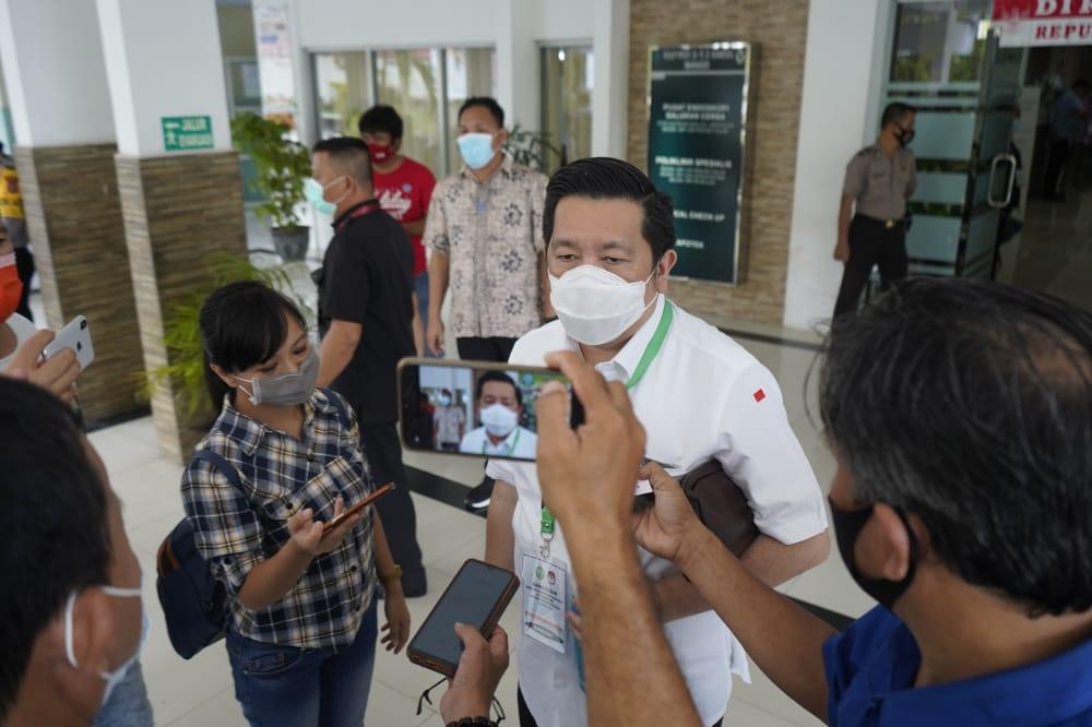 MOR-HJP Ikuti Pemeriksaan Kesehatan di RSUP Kandou