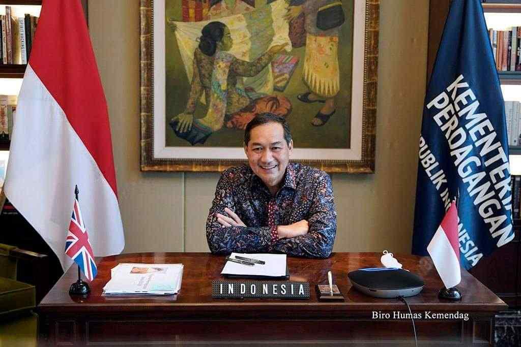 Bahas Hubungan Bilateral Indonesia - Inggris Mendag Lutfi Lakukan Pertemuan Virtual