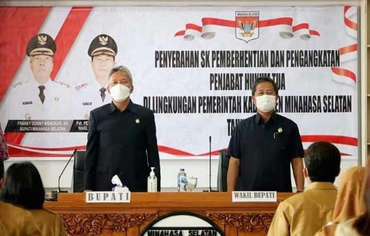 Penyerahan SK Pengangkatan Pj Kumtua Minsel, Berikut 100 Nama-Namanya