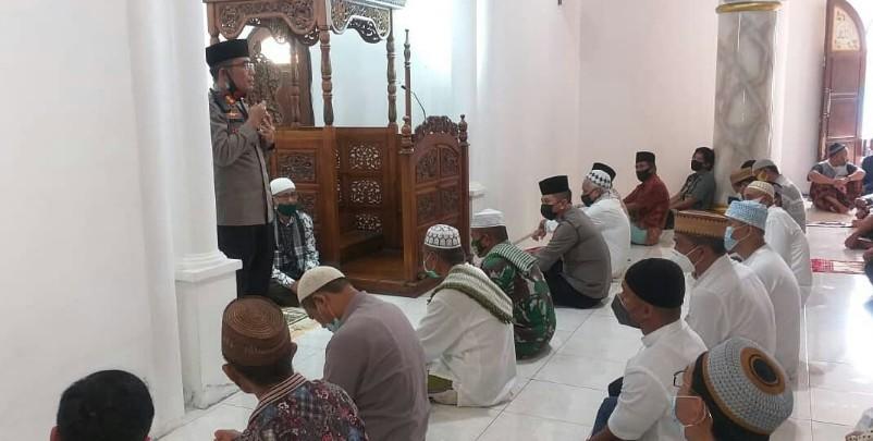 Silaturahmi di Masjid Al'Muminun, Kapolres Minsel Ajak Jamaah Tetap Patuhi Prokes