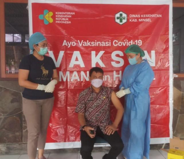 Dinas PMD Minsel Gelar Vaksin Covid-19 untuk ASN dan Tenaga Honor