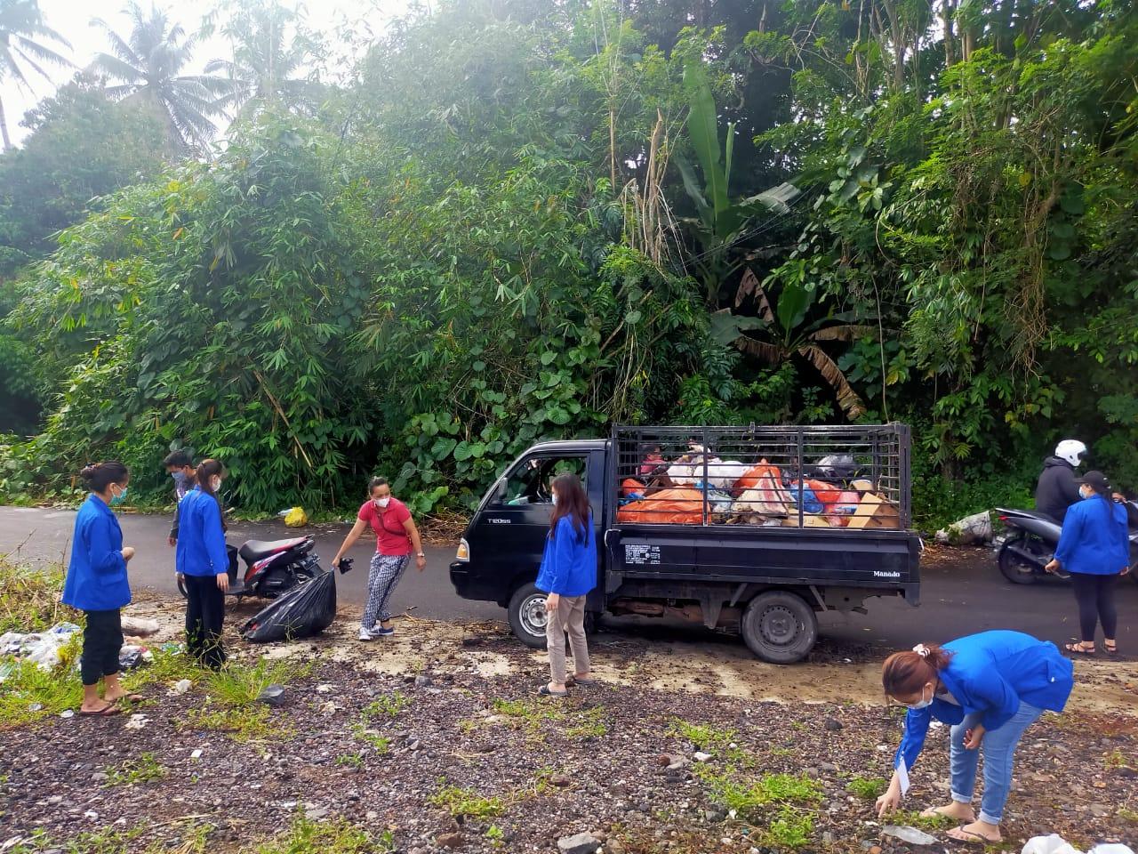 Support Program Jumat Pagi JGKWL, Paniki Atas Bersih-Bersih Lingkungan