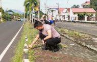'Slaber' Selasa Bersih, Kapolres Minsel Pimpin Personel Bersihkan Lingkungan perkantoran
