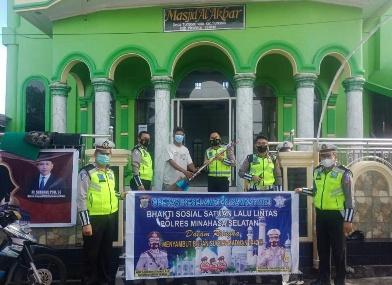 Satlantas Polres Minsel Gelar Baksos di Masjid Al-Akbar Tumpaan Satu