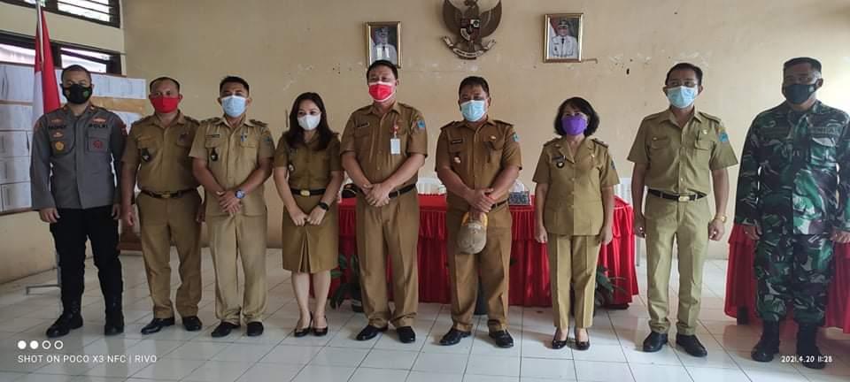Kecamatan Dimembe Laksanakan Serahterima Empat Pj Hukum Tua, Kuhu : ASN Harus Loyal, Siapapun Pemimpinya