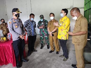 Didampingi Wabup Petra Rembang, Wamendag Jerry Sambuaga Tinjau Gudang SRG di Minahasa Selatan