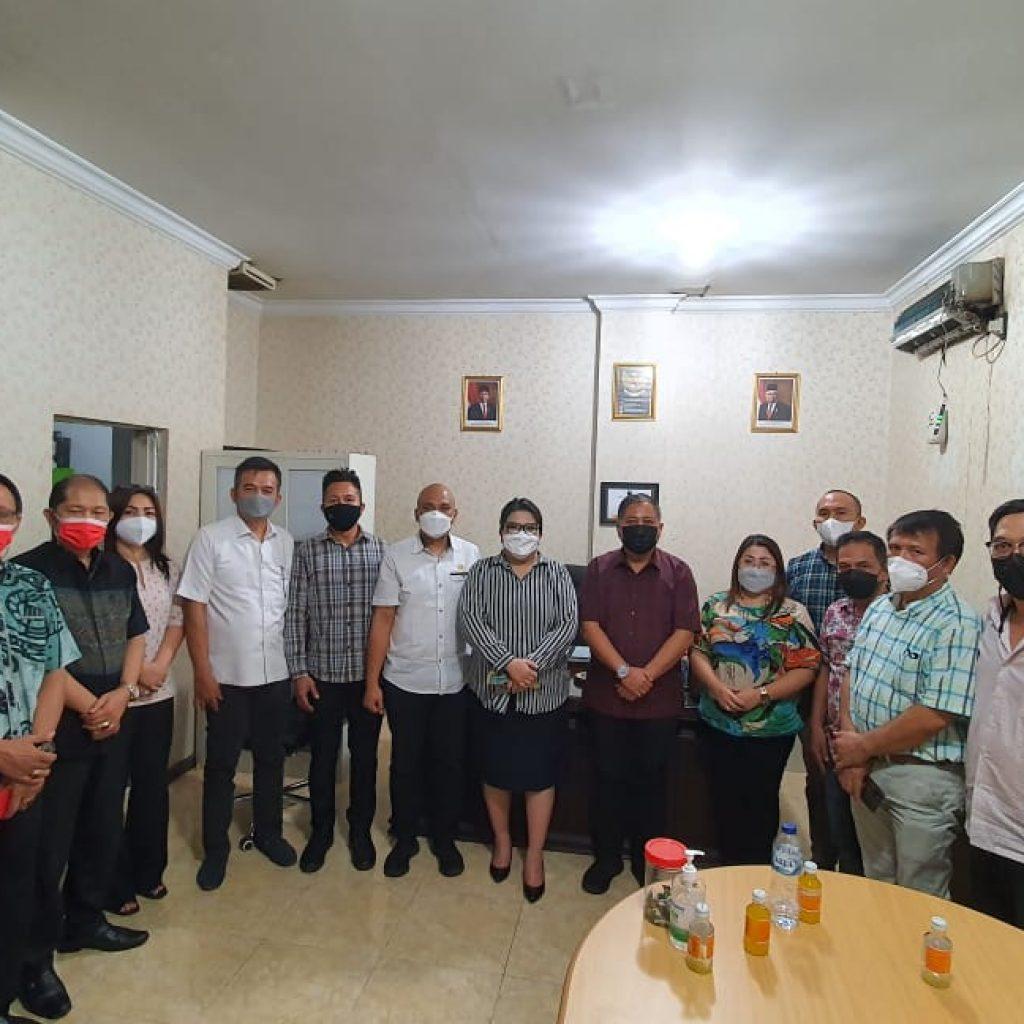 Dinahkodai Roland Roeroe, Kinerja PD Pasar Kota Manado Menarik Perhatian DPRD Kabupaten Minahasa