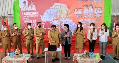 Wali Kota dan Wakil Wali Kota Manado Hadiri Launching Vaksinasi Usia 12-17 Tahun