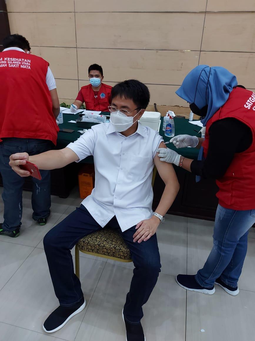 Wali Kota Ajak Masyarakat Ikuti Tahapan Vaksinasi Sampai Tuntas
