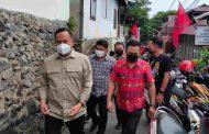 Kunjungi Vaksinasi PAC PDI-P Wenang, Wawali Sualang Disambut Dondokambey