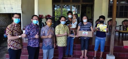 Jerry Sambuaga Berikan Ribuan Bantuan Bagi Warga Sulut