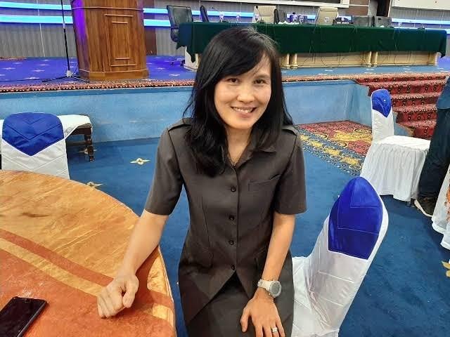Kadispar Lenda Pelealu Ajak Pelaku Industri Pariwisata Tetap Taati Prokes