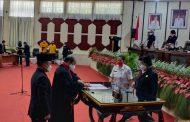 DPRD Manado Lantik PAW Dolfie Angkouw Gantikan Maikel Maringka