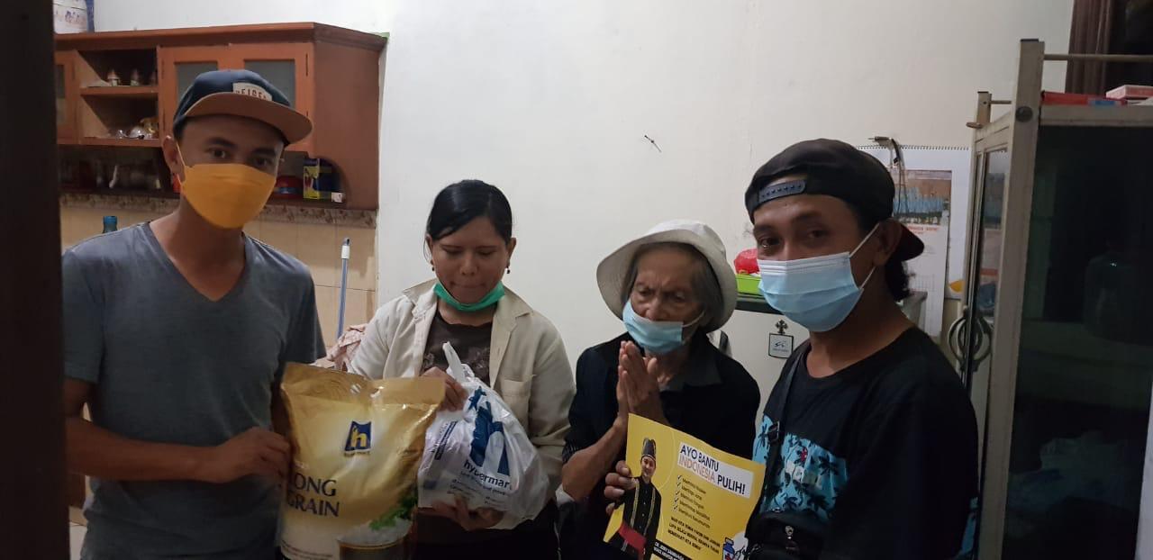 Bantuan Jerry Sambuaga Sentuh Hati Oma Pina Asal Molompar