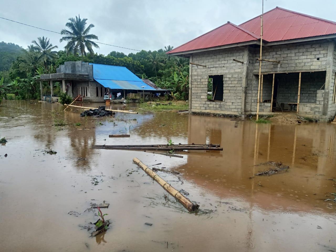 Banjir di Kecamatan Remboken, Kaawoan Minta PU Provinsi Sulut Tinjau Plat Duiker
